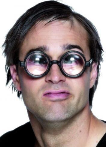 Brýle šilhající bavič