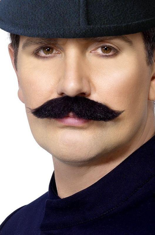 Knír Londýnský policista